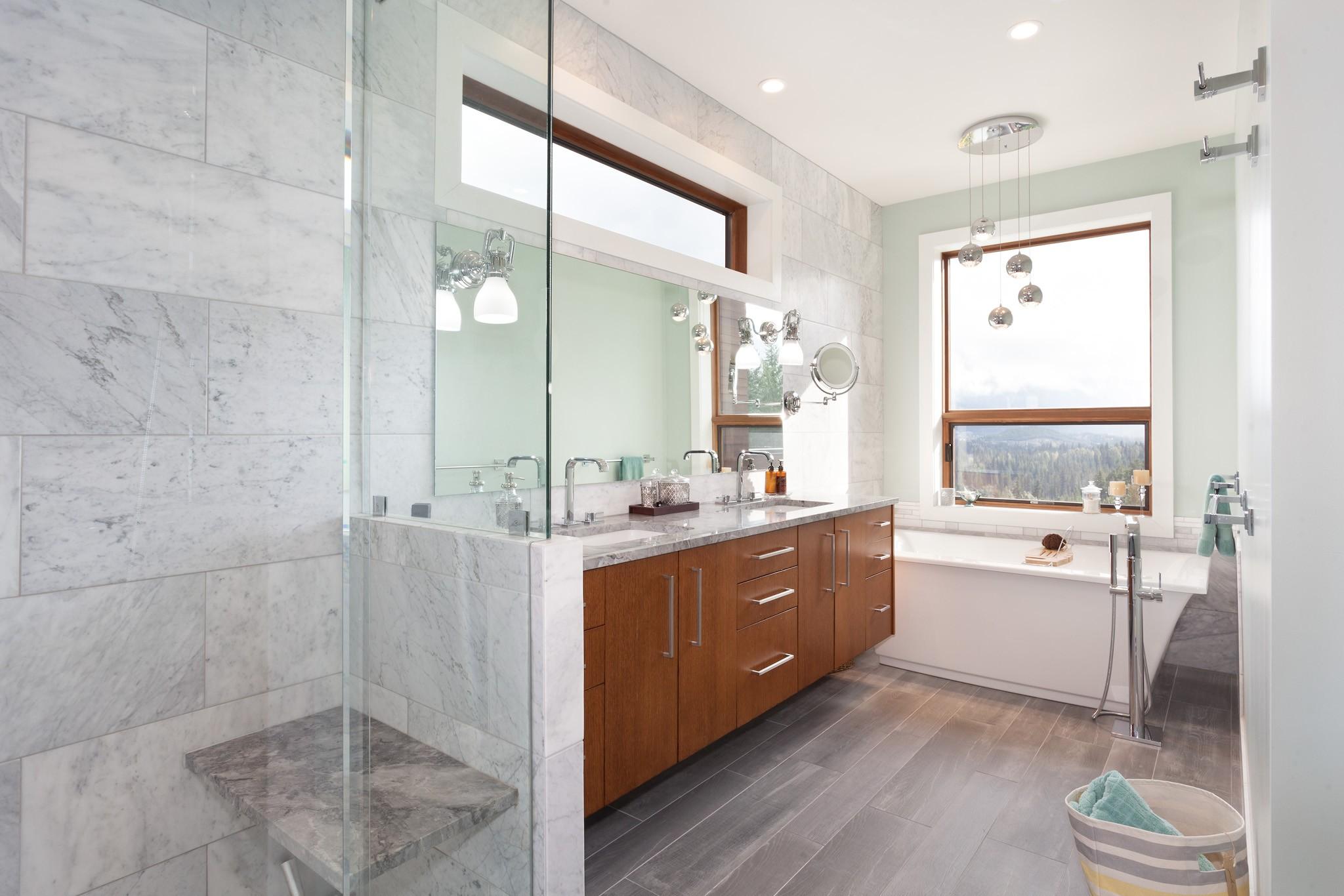 8533 Bath 1