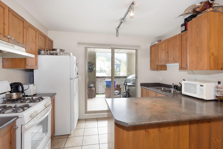 P6-1442 Kitchen