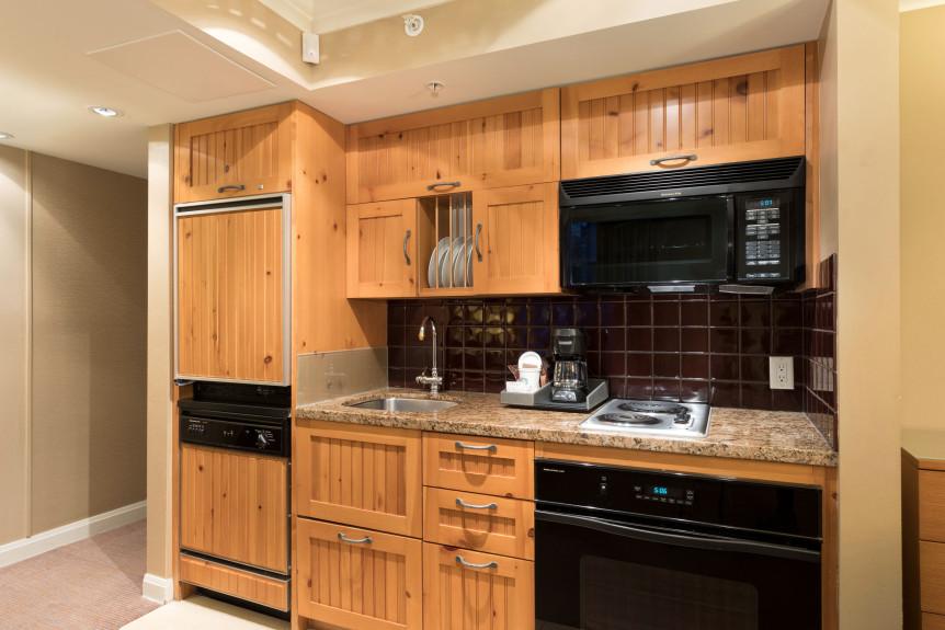 5-W655 Kitchen