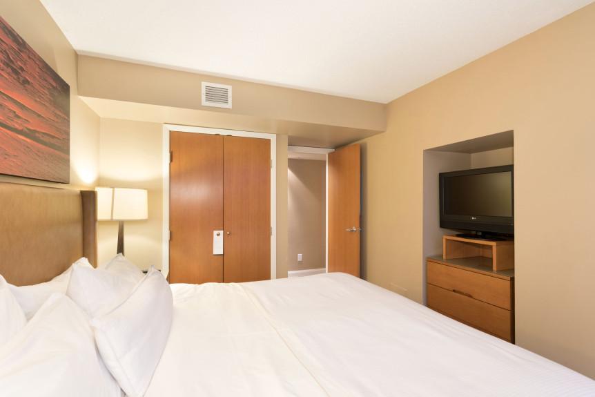 8-W655 Bedroom 1B