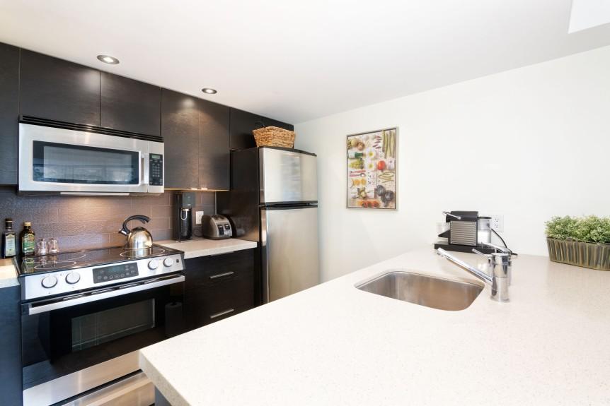 5-L406 Kitchen