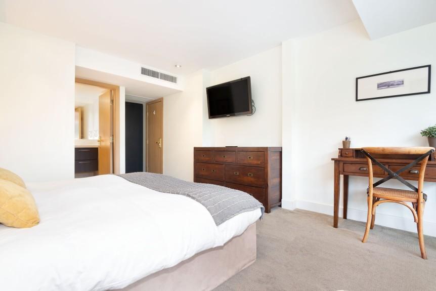 8-L406 Bedroom B