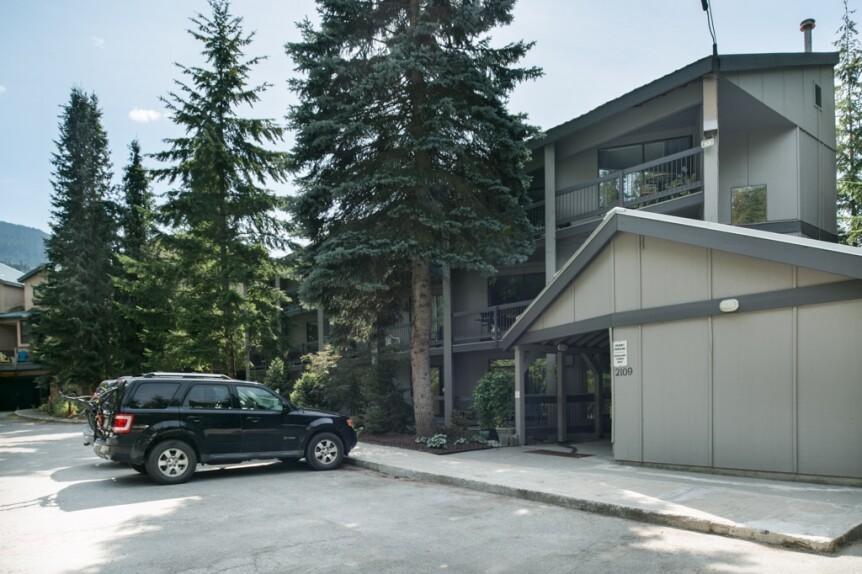 17-103 Highlands Annex-exterior2