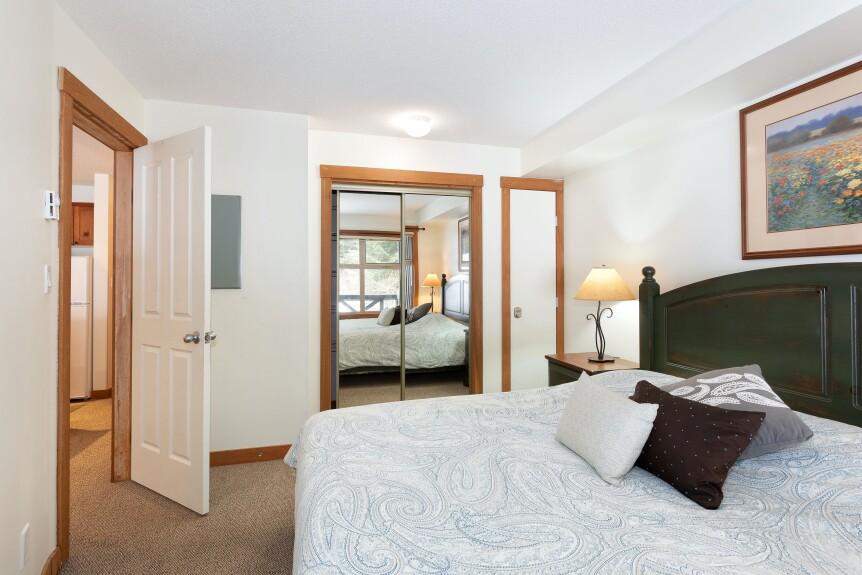 12 L102 Bedroom 1B
